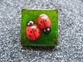 """Ladybug"" fantaisie green resin ring"